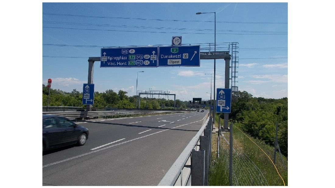 Indul a 2-es főút és az M2 új összekötő útjának építése